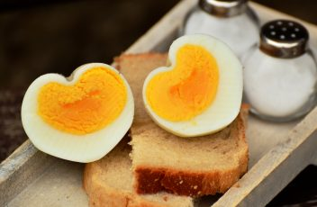 easy-hard-boiled-eggs
